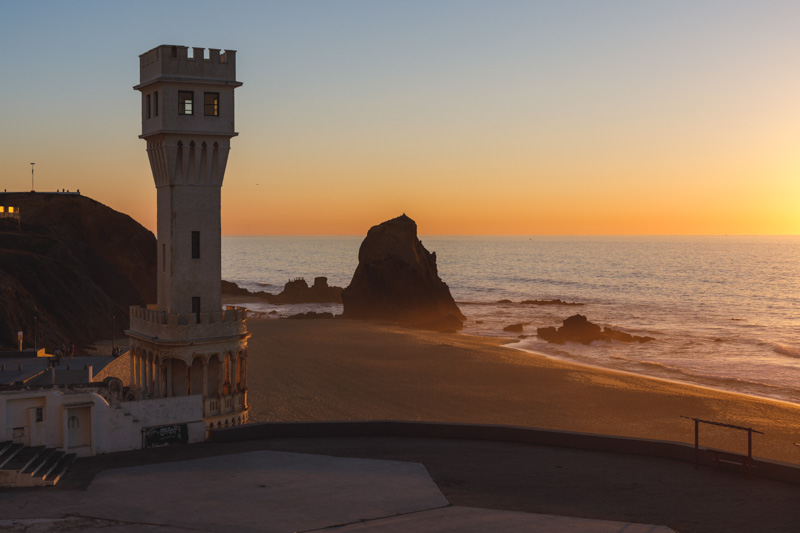 santa cruz portugal surf beach spot