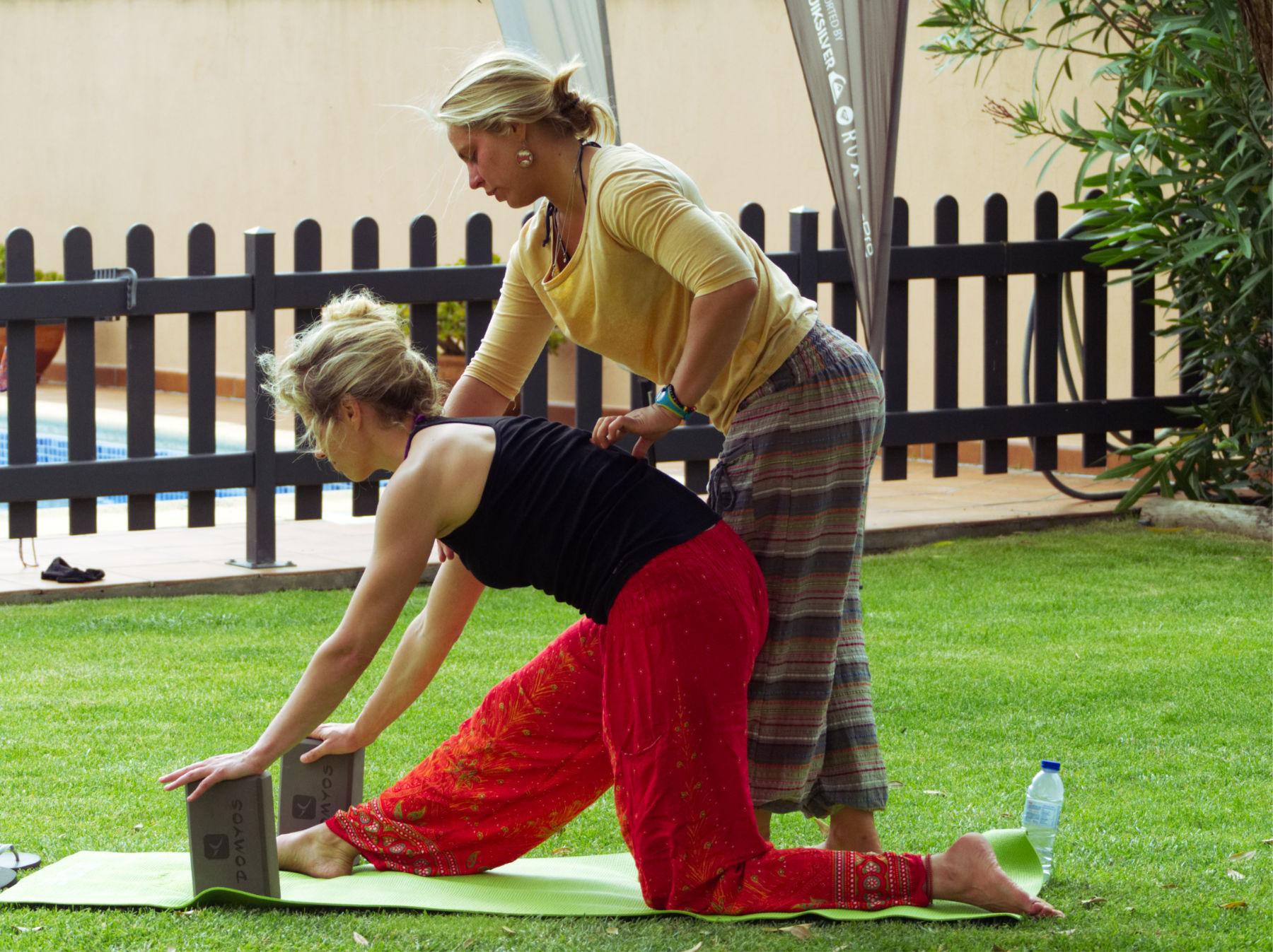 yoga lektion surfhaus portugal