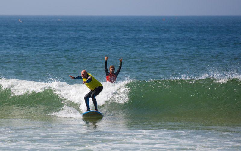 surfkurs für erwachsene und kinder