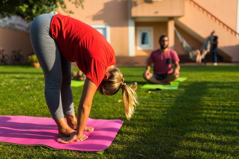 sonnenuntergang yoga sufvilla portugal